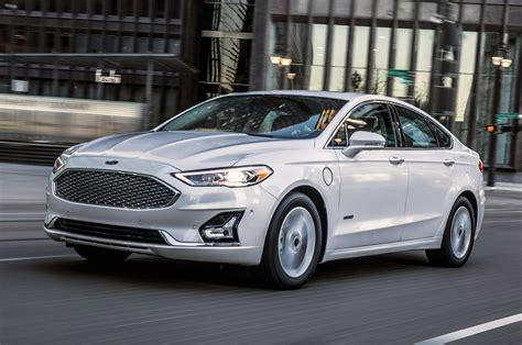 2019 Ford Fusion First Look