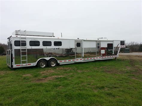 horse living quarter trailer trailers classic 2004 cato plush brooks rodeo equinerv visit dream weekender campers hooks