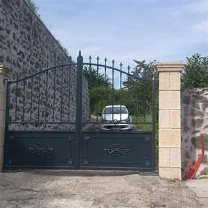 Portail Coulissant 2 Vantaux : portails acier lyon portails aluminium lyon mions portail ~ Edinachiropracticcenter.com Idées de Décoration