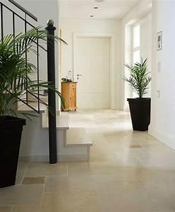 fliesen und naturstein fur eingang flur und diele With balkon teppich mit tapeten flur diele