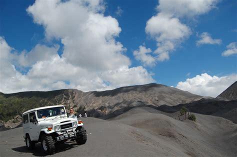 tempat penyewaan jeep gunung bromo agent bromo malang travel
