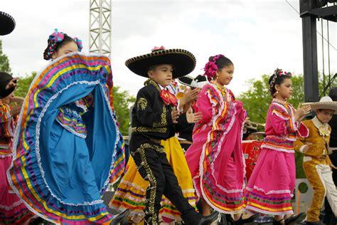 Top 5 north of the border Cinco de Mayo celebrations   Orbitz