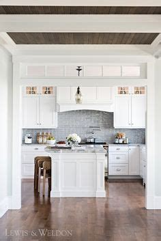 island cabinets for kitchen 25 dreamy white kitchens my kiche white 4807