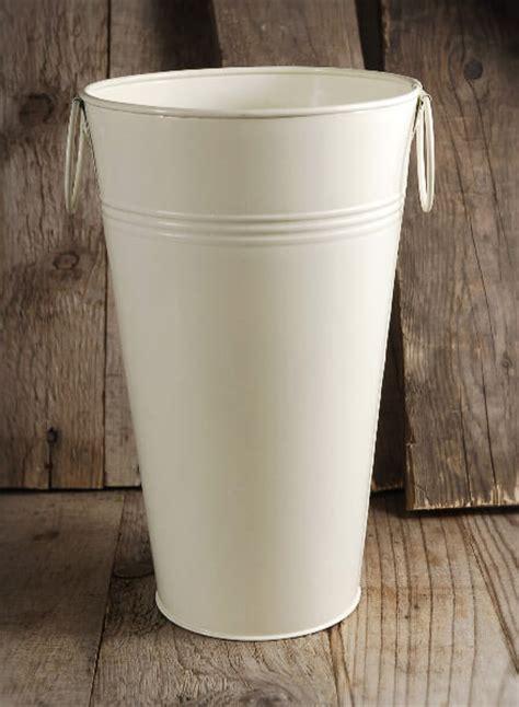 """White French Flower Market 11"""" Bucket Cream White"""