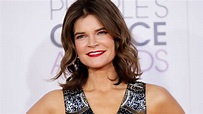Betsy Brandt: I 'requested' nude scene on 'Masters of Sex ...