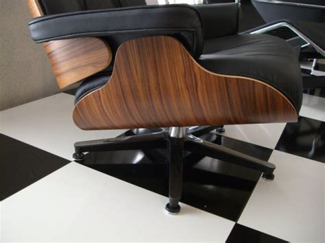 eames lounge chair and ottoman bauhaus italy
