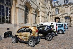 Renault Versailles : renault makes a silent arrival at the ch teau de versailles ~ Gottalentnigeria.com Avis de Voitures