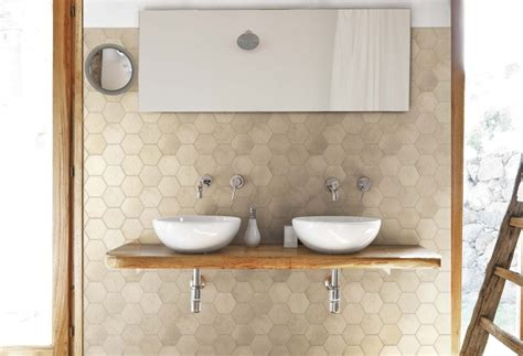 waschbecken mit holzplatte badideen 55 badfliesen ideen und moderne designs