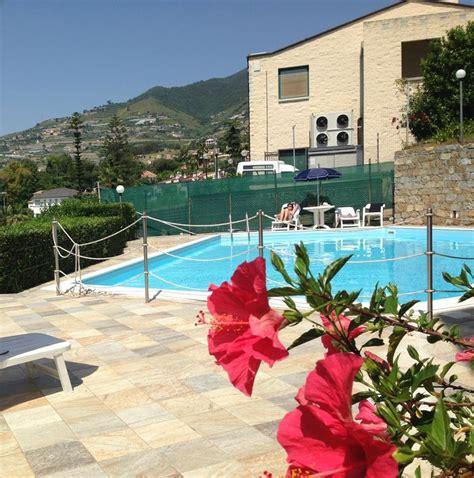 terrazzo condominiale bilocale vista mare mozzafiato piscina condominiale