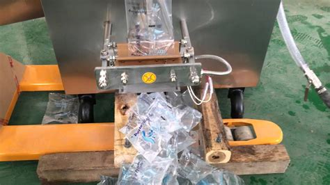 koyo water sachet filling  sealing machine koyopackeratgmailcom youtube