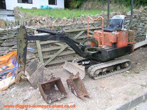 towable digger  mini digger advantages  disadvantages