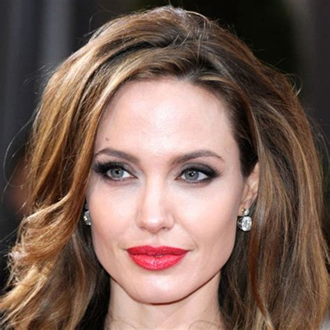 How To Do A Red Lip Like Angelina Jolie