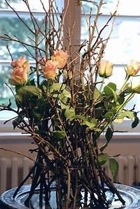 Basteln Mit ästen Und Zweigen : baumschnitt grandezza strau mit rosen berlingarten ~ Whattoseeinmadrid.com Haus und Dekorationen