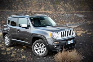 Jeep Renegade Essai : essai jeep renegade multiair 140 une bonne bo te double embrayage l 39 argus ~ Medecine-chirurgie-esthetiques.com Avis de Voitures