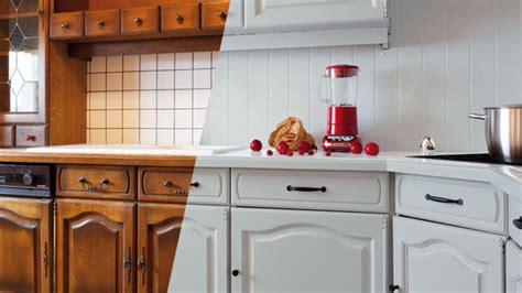peindre du carrelage cuisine comment peindre du carrelage mural de cuisine 1 couleur