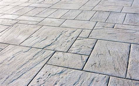 prezzi piastrelle da esterno piastrelle in cemento per esterno pavimenti esterno