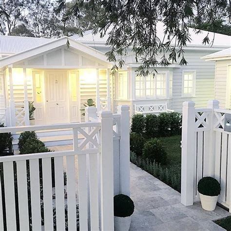 front fences for houses the 25 best white fence ideas on pinterest picket fences traditional fencing and gates and