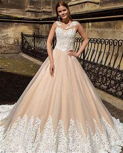 Say yes to the colored dress 9 spectacularly colorful for Champagne gold wedding dress