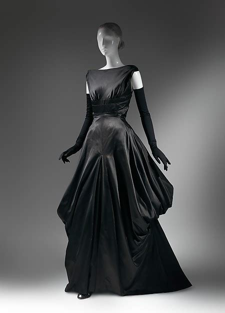 late 1940s fashion american culture sexy back black silk