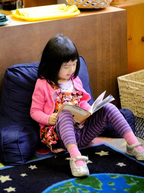 applying montessori ideas when reading with your child 748 | 3 montessori preschools huntington beach