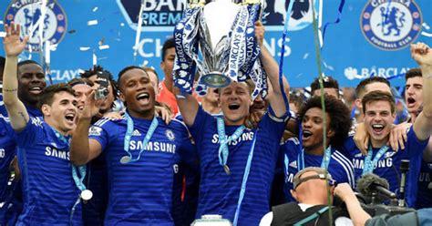 PICTURE SPECIAL: Chelsea lift the Premier League trophy ...