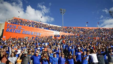 """Dan Mullen wants to """"pack The Swamp"""" 