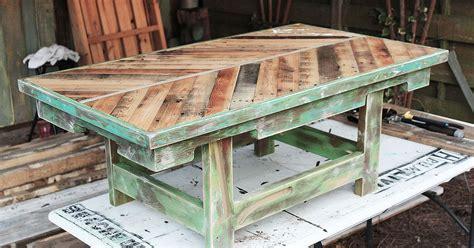 httpbeachbumlivincom pallet wood coffee table hometalk