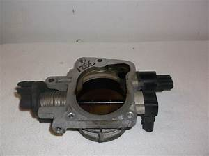 01 Sebring 2 7l Throttle Body