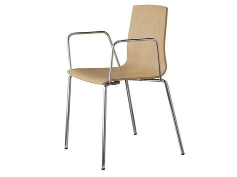 chaise avec accoudoirs wood chaise en bois avec accoudoirs