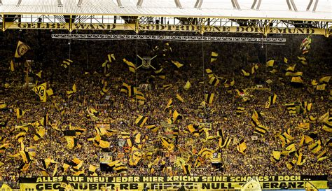 Liverpool and Borussia Dortmund fans react to Manuel ...