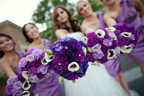 Love These Bouquets. It Is Purple Listanthus In Dark And