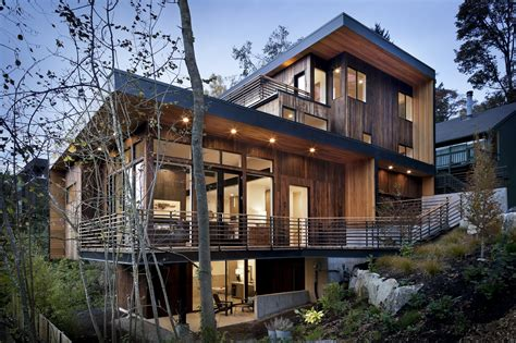 park tree house in seattle usa