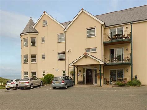 4 Beachcombers Apartments Watergate Bay Newquay