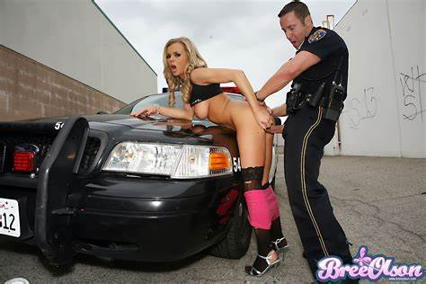 Policeman Practice Arrested Babe