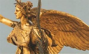 Nike – Greek goddess of victory in NYC   Susanna Galanis ...