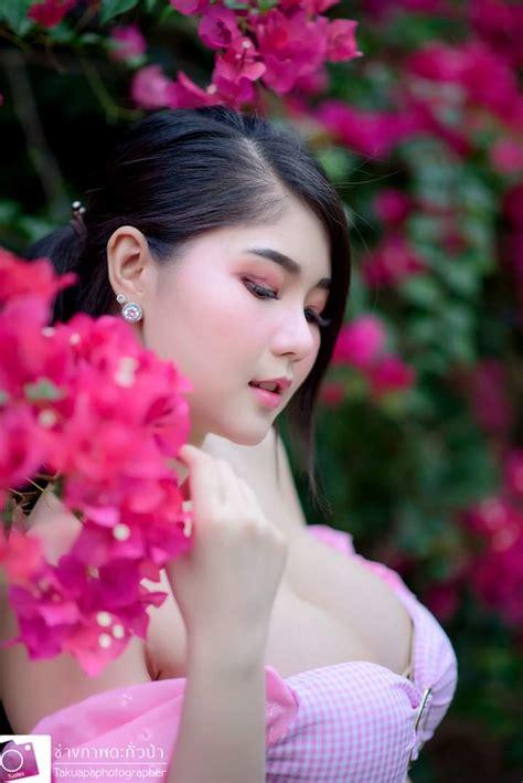 Cup e kanyanat puchaneeyakul is a thai model, kanyanat puchaneeyakul. Kanyanat Puchaneeyakul - Sexy Asian Hot Babes