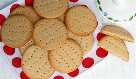 ricetta per biscotti fatti in casa biscotti digestive fatti in casa la ricetta di buonissimo