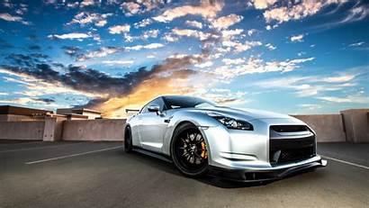 R35 Nissan Gt Silvery Stunning