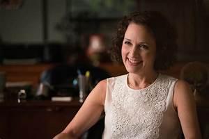 Bebe Neuwirth Says Farewell to Madam Secretary | American ...