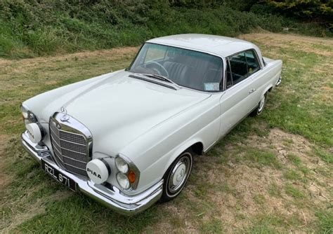 The engine is strong and smooth and makes excellent power and torque. 1970 Mercedes Benz 280 Se Coupe W111 for Sale | CCFS