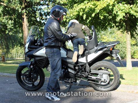 siege bebe moto transporter un enfant à moto ou scooter part 1 la loi