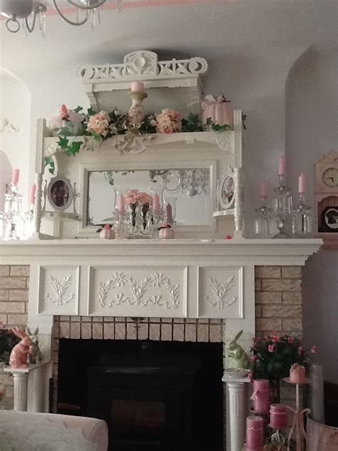 shabby chic fireplace ideas best 25 shabby chic mantle ideas on pinterest shabby chic fireplace shabby chic mantel and