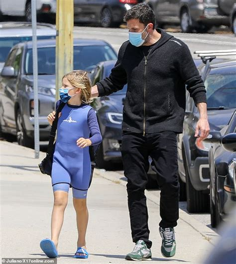 So if i asked you about art, you'd probably give me the skinny on every art book ever written. Ben Affleck is spotted separately with his son Samuel ...