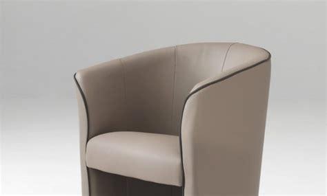 fauteuil roulant en anglais d 233 coration fauteuil pivotant cuir center metz 2812 fauteuil de bureau confortable fauteuil