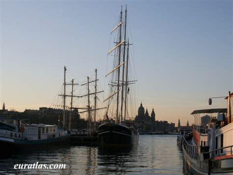 le port d amsterdam photos des pays bas le port d amsterdam
