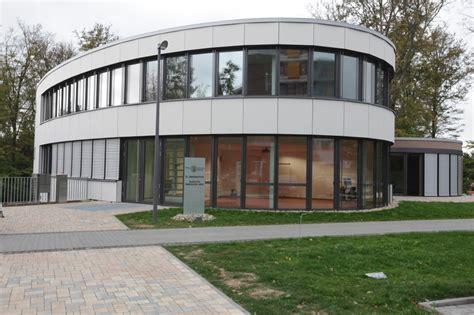 Zentrum Fuer Medizinische Innovation In by Ausbildung Dvag Deutsche Verm 246 Gensberatung
