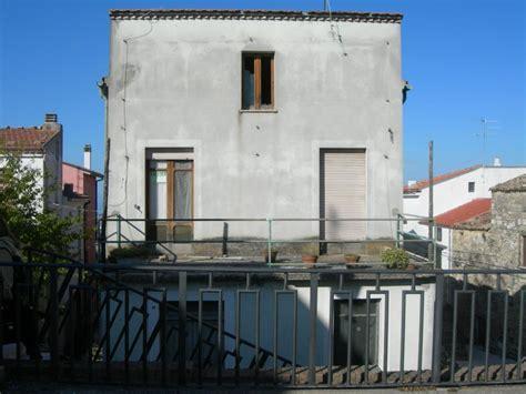 casa con terrazzo immobili in vendita in molise casa con terrazzo tavenna