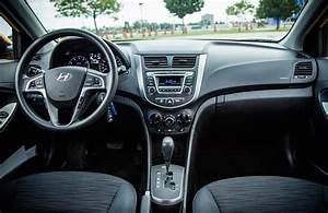 Review, 2015, Hyundai, Accent