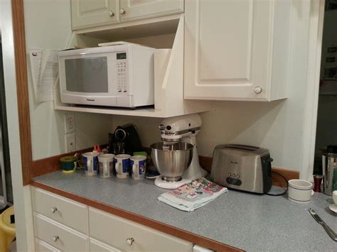 pictures of kitchen countertops and backsplashes help me with kitchen backsplash color and countertop