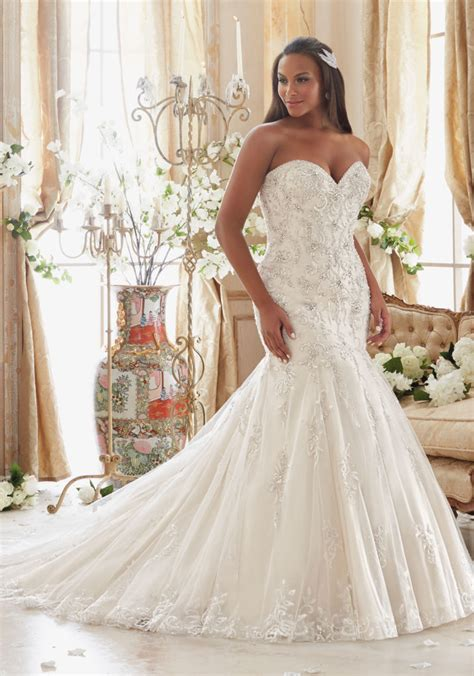 size wedding dress  crystals  tulle style